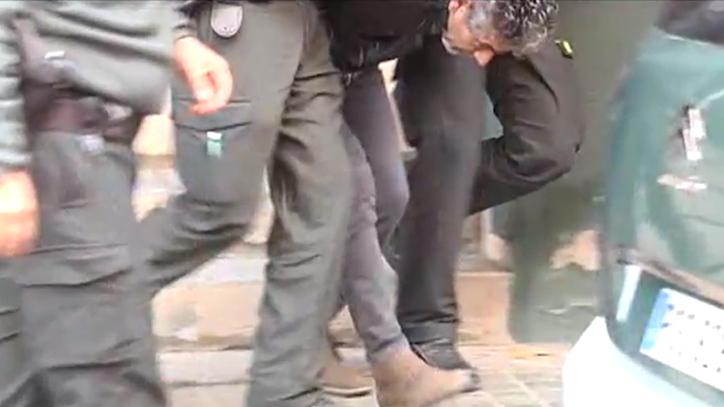 Trasladan a Bernardo Montoya de la Comandancia de la Guardia Civil tras confesar que mató a Laura Luelmo EL MUNDO